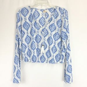 Hollister Long Sleeve Cropped Summer Blouse
